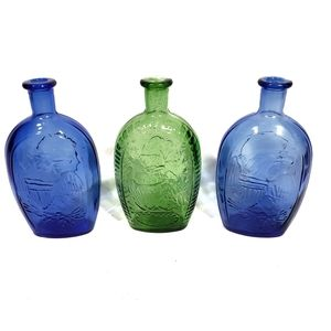 BOGO Green & Blue Washington Glass Decanter Set